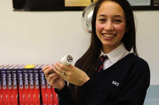 Teen Inventor's Battery-Free Flashlight Runs on Hand's ...